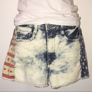 ✨Juniors Mossimo Jean Shorts✨